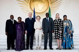 Euroopan komission puheenjohtaja von der Leyen ja komissaari Urpilainen Addis Abebassa.