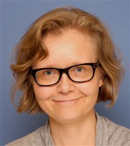 Henkilökuvassa kirjoittaja Katja Koskela.