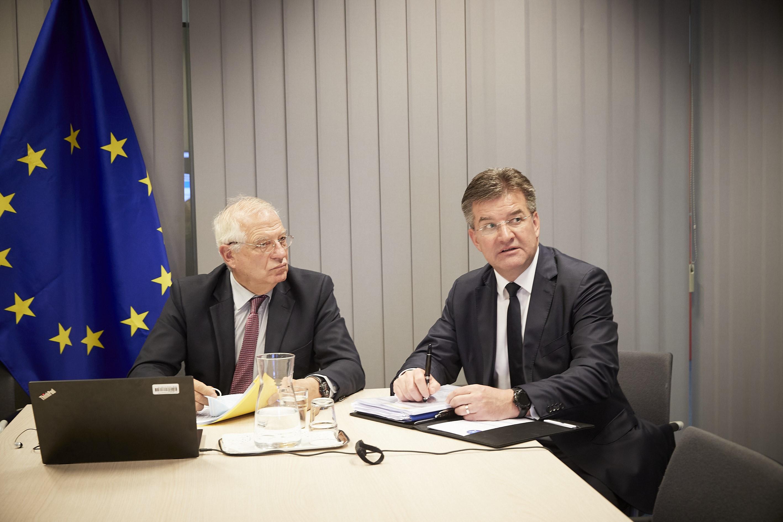 EU:n ulkoasioiden ja turvallisuuspolitiikan korkea edustaja Josep Borrell ja erityisedustaja Miroslav Lajčak.
