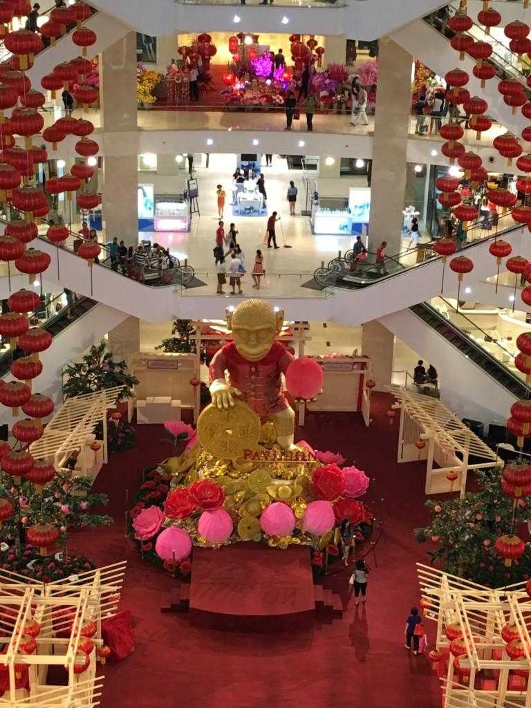 Punainen väri symboloi hyvää onnea ja juhlimista kiinalaisessa kulttuuriperimässä. Kuva: Teemu Laakkonen.