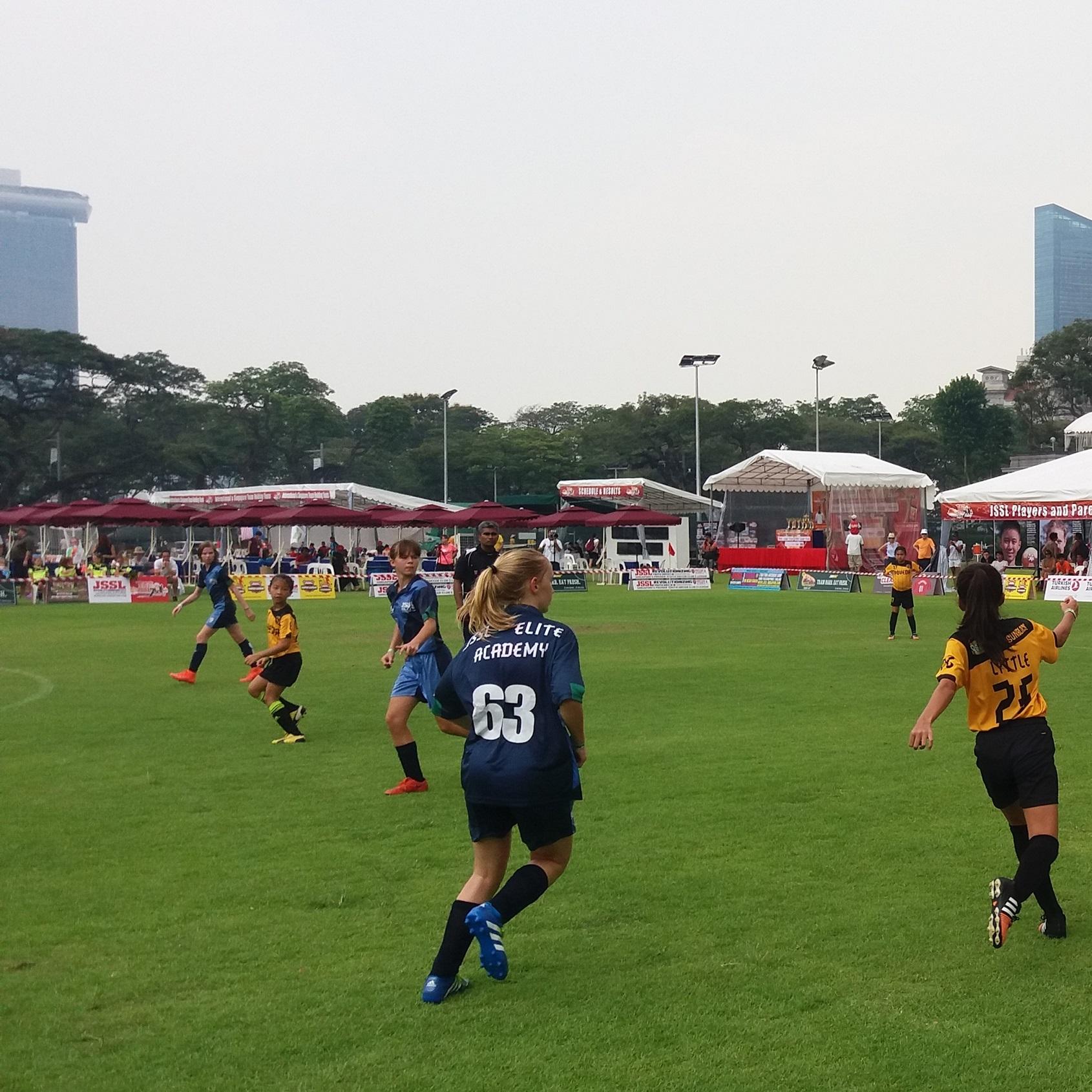 Viisi joukkuetta Malesiasta osallistui Vappuna Asia World Youth Cup - turnaukseen Singaporessa. Kuva: Aapo Happonen