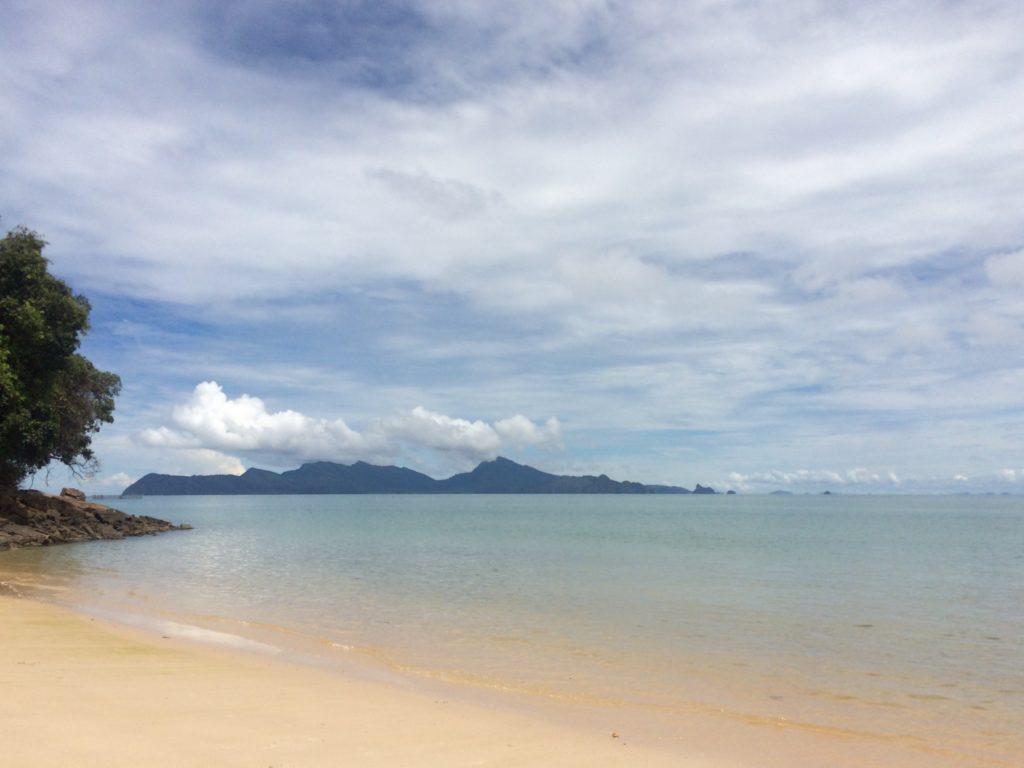 Malesian kauniit rannat yllättävät koskemattomuudellaan. Kuva: Meri Hätönen