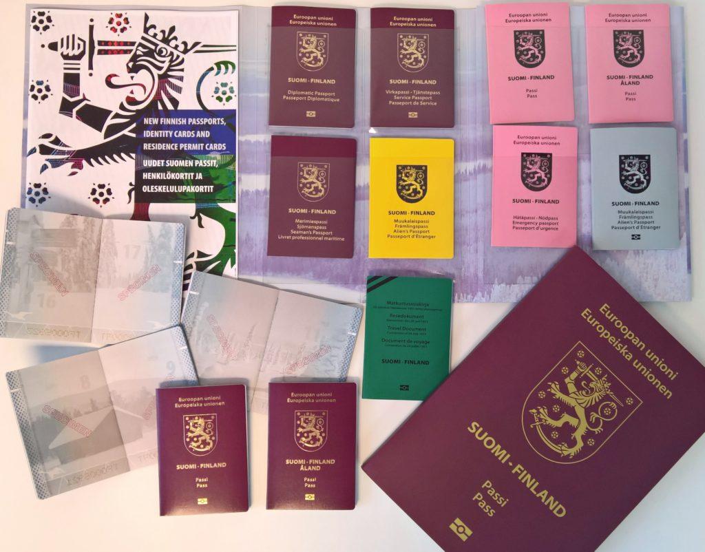 Suomen passi sai uuden ulkoasun vuoden 2017 alussa. Kuva: Katri Seppänen.