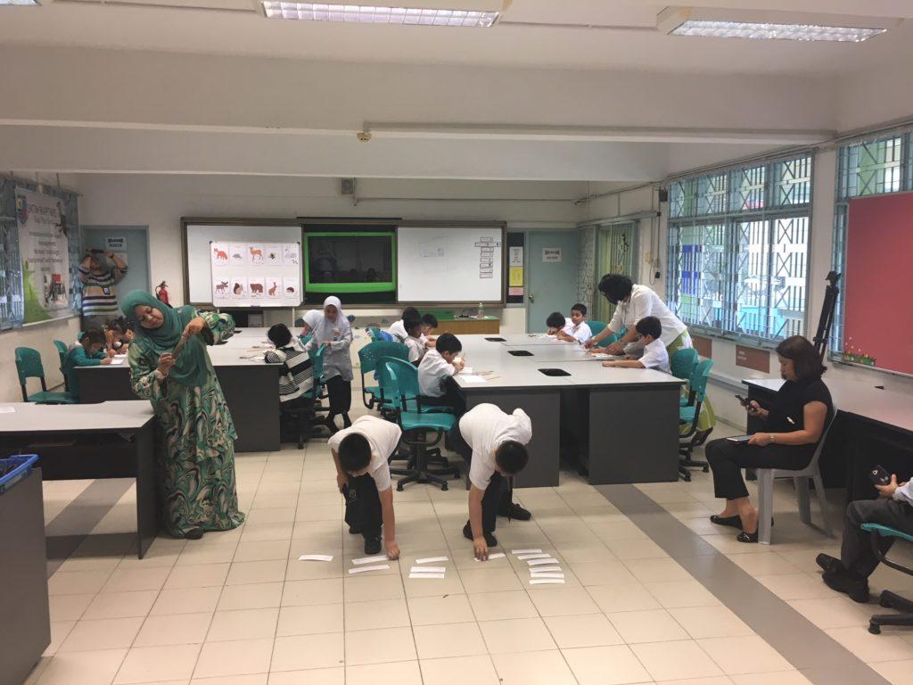 Suomalainen koulupäivä malesialaisella ala-asteella (Kuva: Teemu Laakkonen)