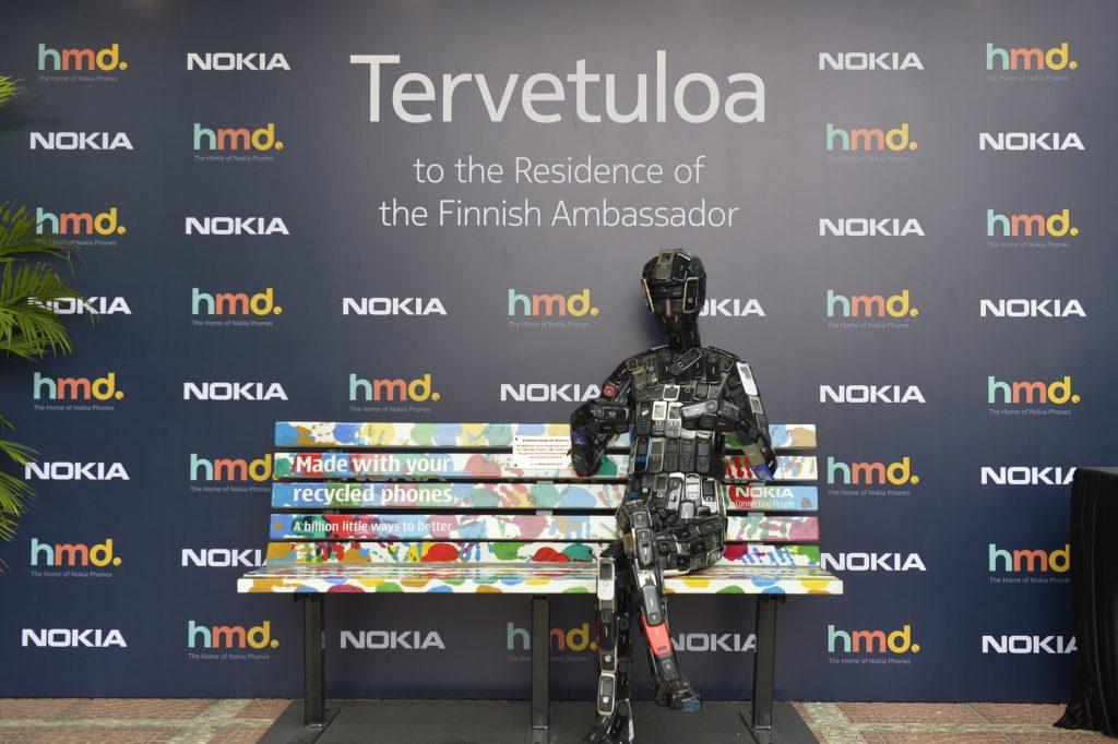 Kierrätettyjä ja niin nostalgisen tuttuja Nokia-malleja uudessa muodossa. Kuva HMD Global.