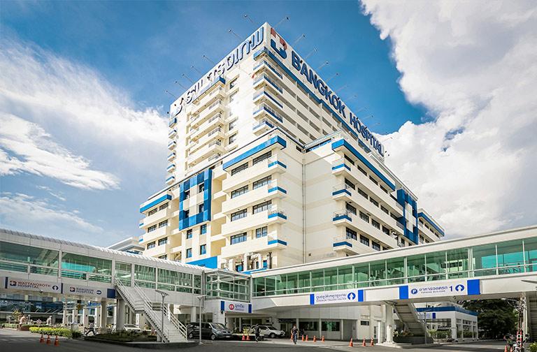 Bangkok hospital on yksi Thaimaan suurimmista sairaalaketjuista. Kuva: BDMS Hospitals