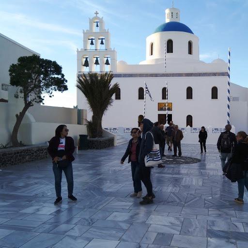 Kirkko Santorinilla