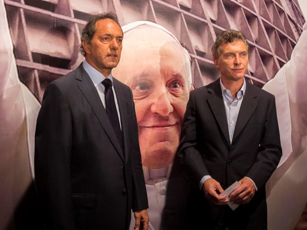 Presidentinvaalin toisen kierroksen todennäköisin kilpakaksikko: Daniel Scioli ja Mauricio Macri. kuva: Maria Ines Ghiglione-gv/GCBA. @ Flickr, CC BY-ND.