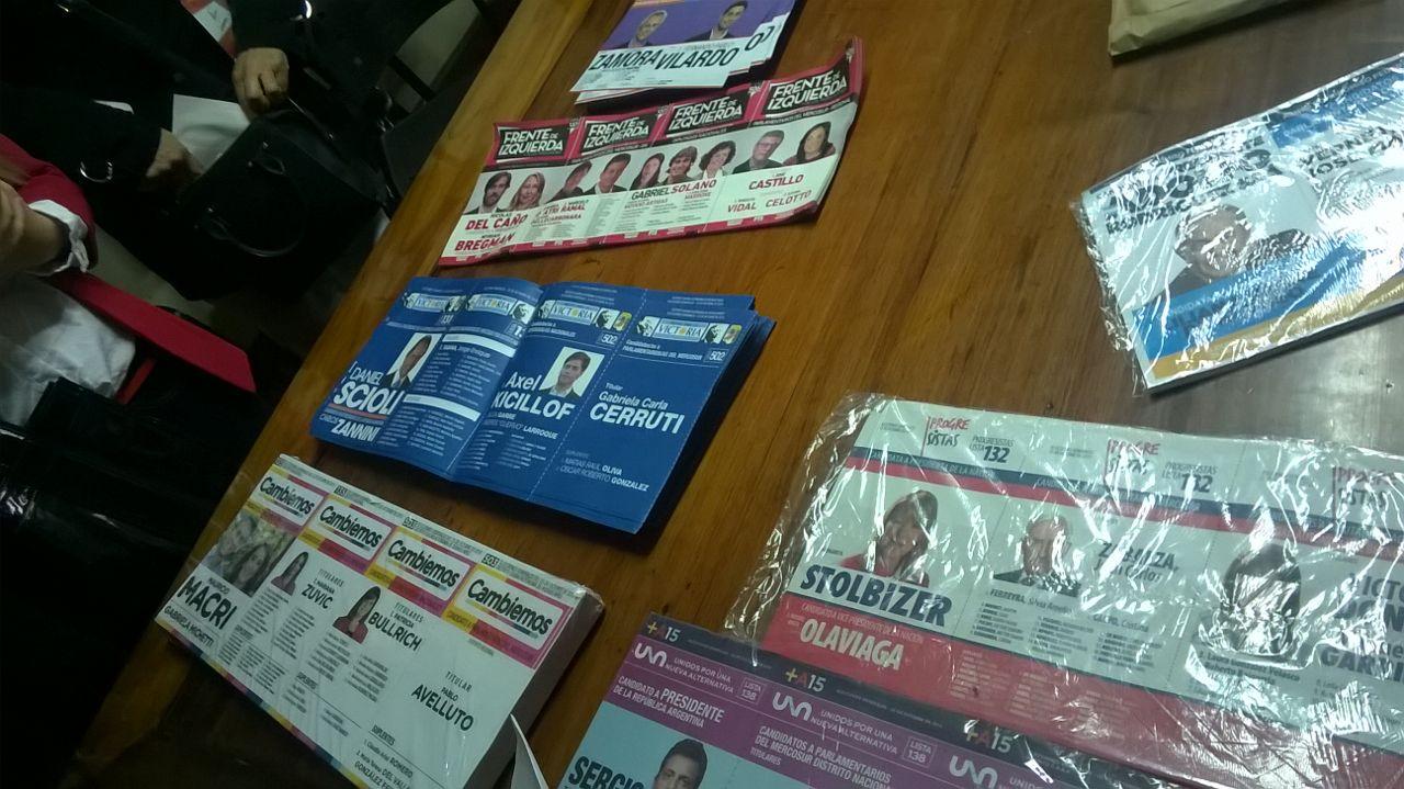 Buenos Airesin kaupungissa äänestettiin 25. lokakuuta 2015 presidenttiä ja varapresidenttiä sekä valittiin samalla 12 senaattori tai edustajainhuoneen jäsentä maan kongressiin sekä yksi edustaja Mercosurin parlamenttiin. Kuva: Sara Henttonen