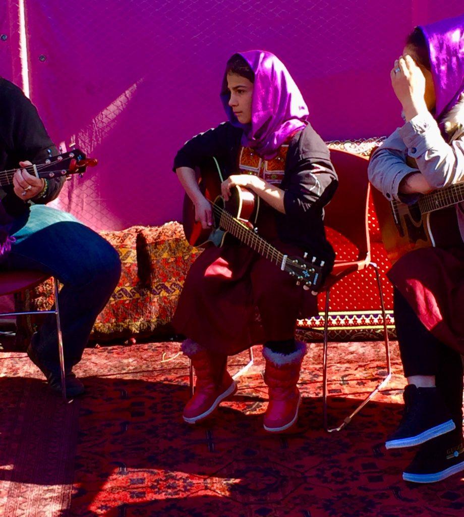 Naistenpäivän tunnelmaa Kabulissa. Kuva: Johanna Jokinen-Gavidia