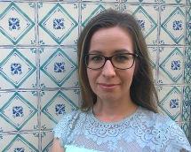 Niina Tuttavainen suorittaa korkeakouluharjoittelua Lissabonin suurlähetystössä kesällä 2016. Kuva: Marco Huotari.