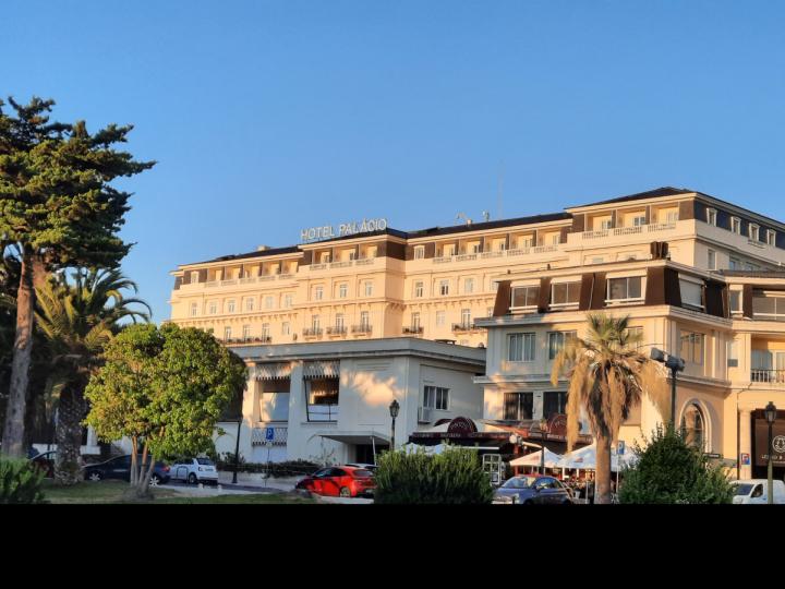 Hotelli Palácion julkisivu Estorilissa. Kuva: Henri Heikkinen.