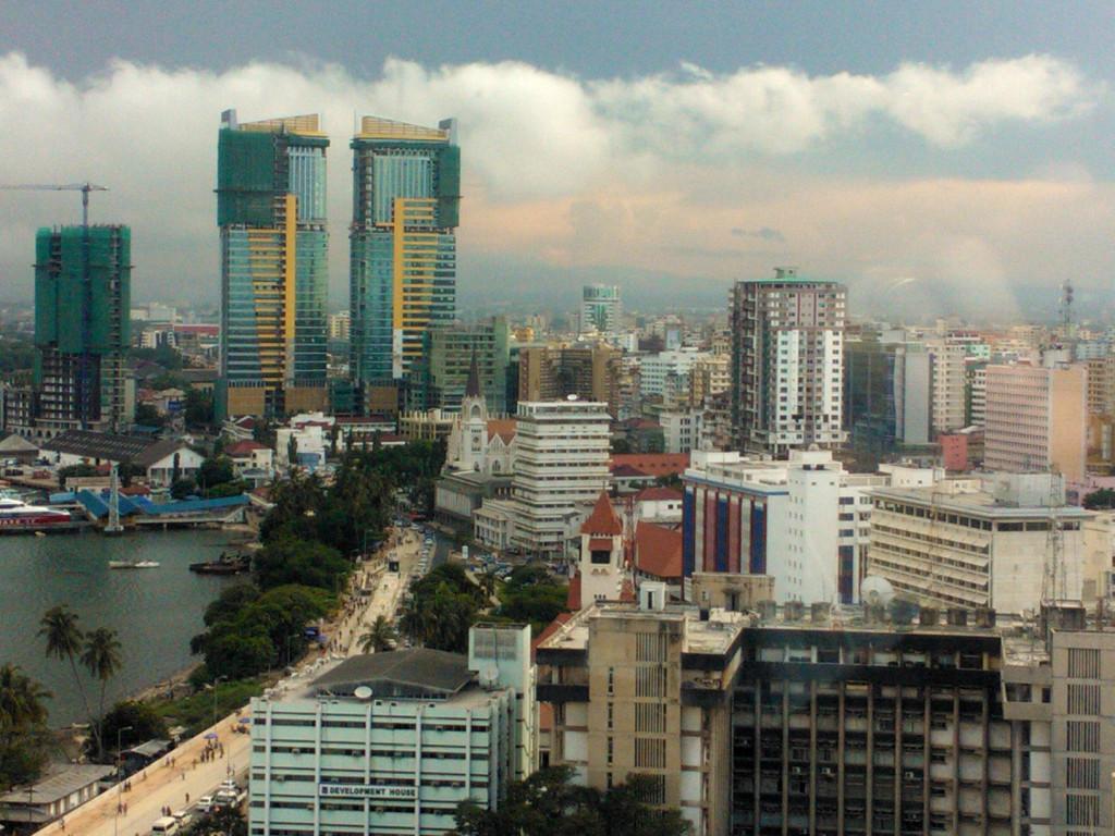 Nopeasti kehittyvä Dar es Salaam on monien mahdollisuuksien kaupunki. Kuva: Kimmo Laukkanen