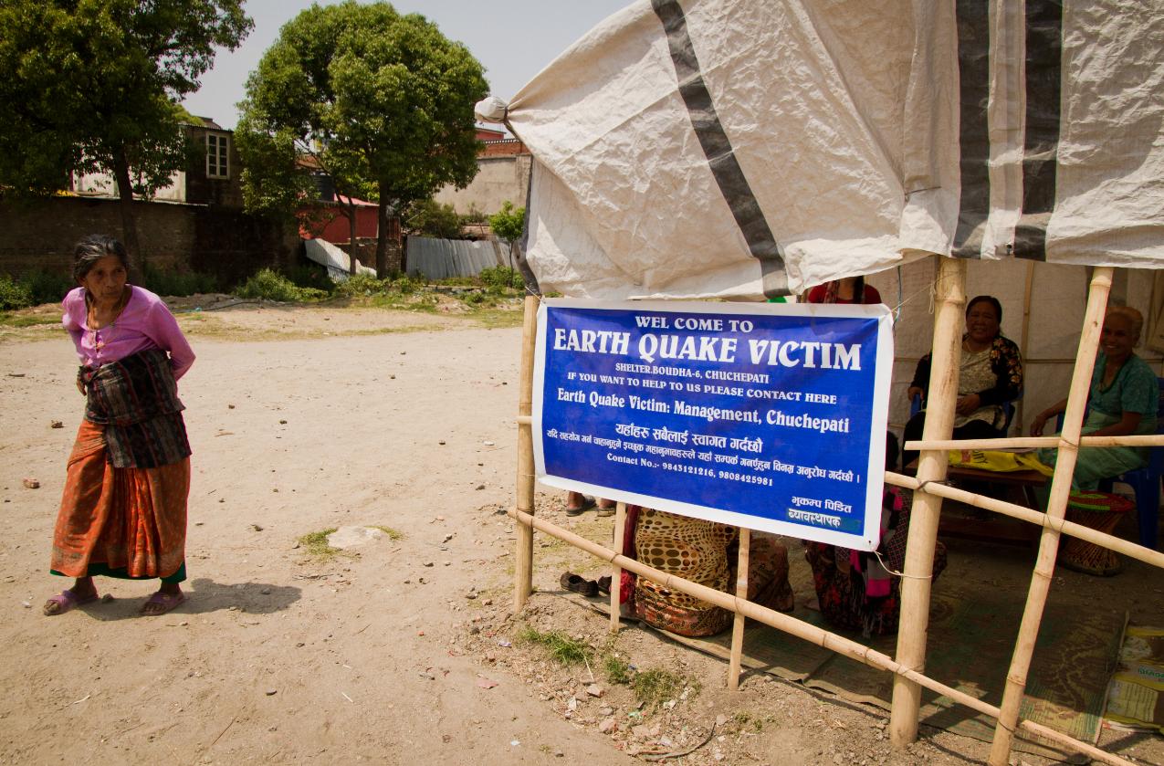 Nepalin tuhoisassa vuoden 2015 maanjäristyksessä moni menetti perheensä, kotinsa ja toimeentulonsa. Se altistaa ihmiskaupalle. Kuva: Julian Bound/UM.