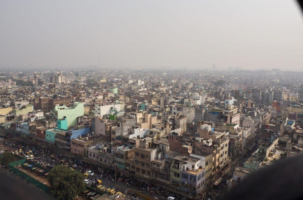 Vanhan Delhin asumukset jatkuvat silmänkantamattomiin. Kuva: Saana Annala.