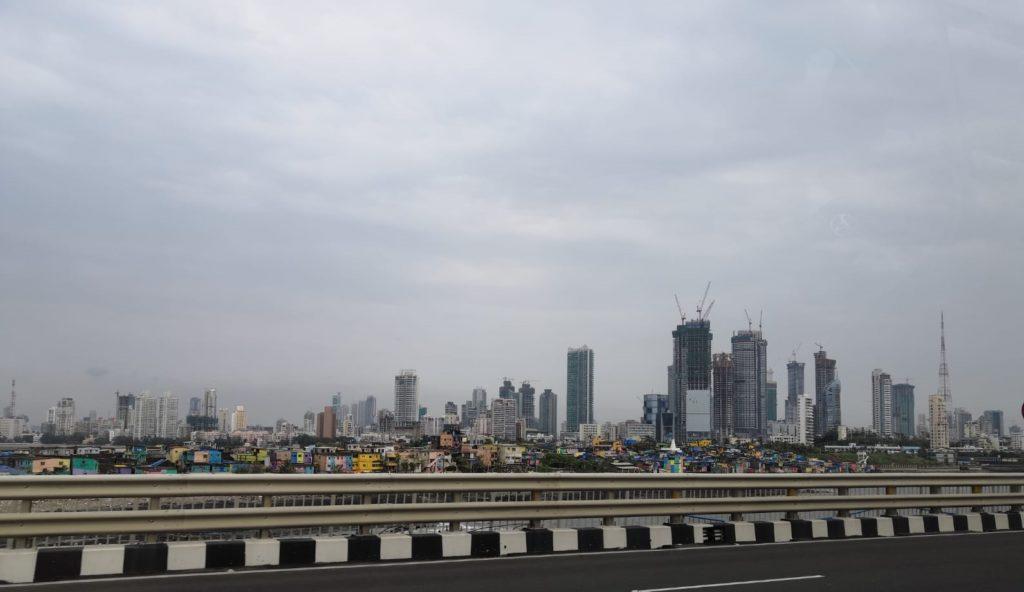 Intian kaupungit Mumbai mukaan lukien kasvavat vauhdilla. Kiinnostus älykkäitä ja kestäviä kaupunkeja kohtaan kasvaa. Kuva: Nelli Mikkola.