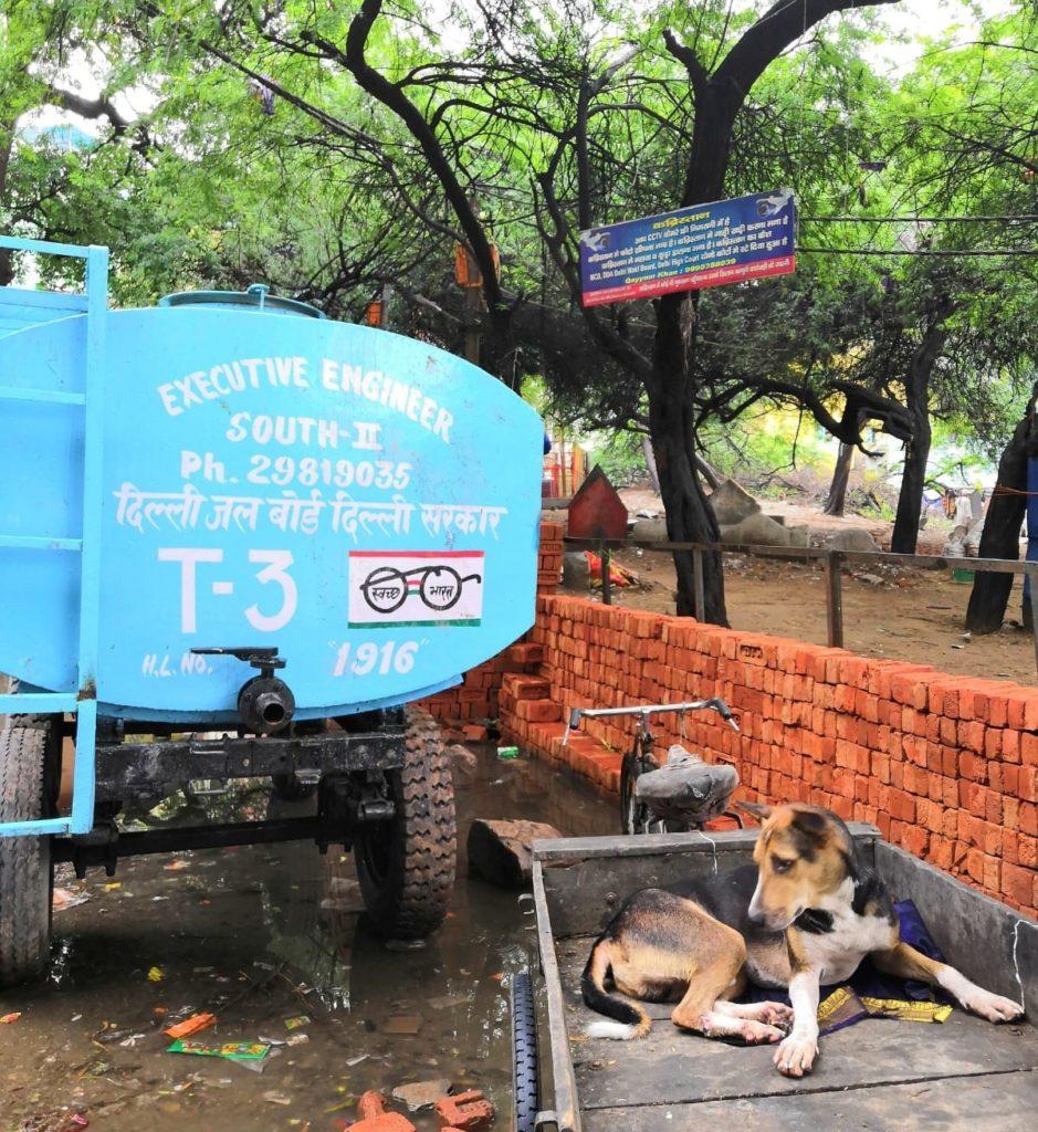 Delhin kadut tulvivat monsuunikaudella. Kuva: Nelli Mikkola.