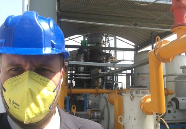 Karsadan jätevoimalassa Varanasissa selvityslistallani oli synteettisen kaasun rikastaminen. Kuva: Mikko Pötsönen.