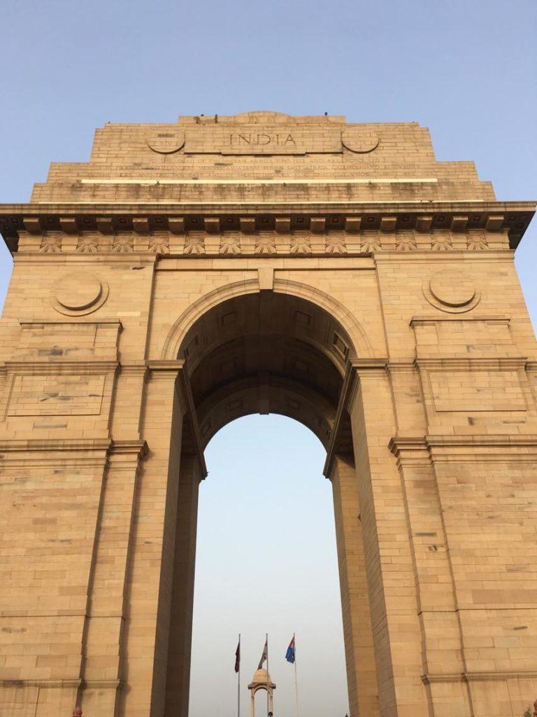 New Delhissä paraatipaikalla seisova India Gate muistuttaa Intian itsenäisyystaistelusta. Kuva: Milla Toivanen