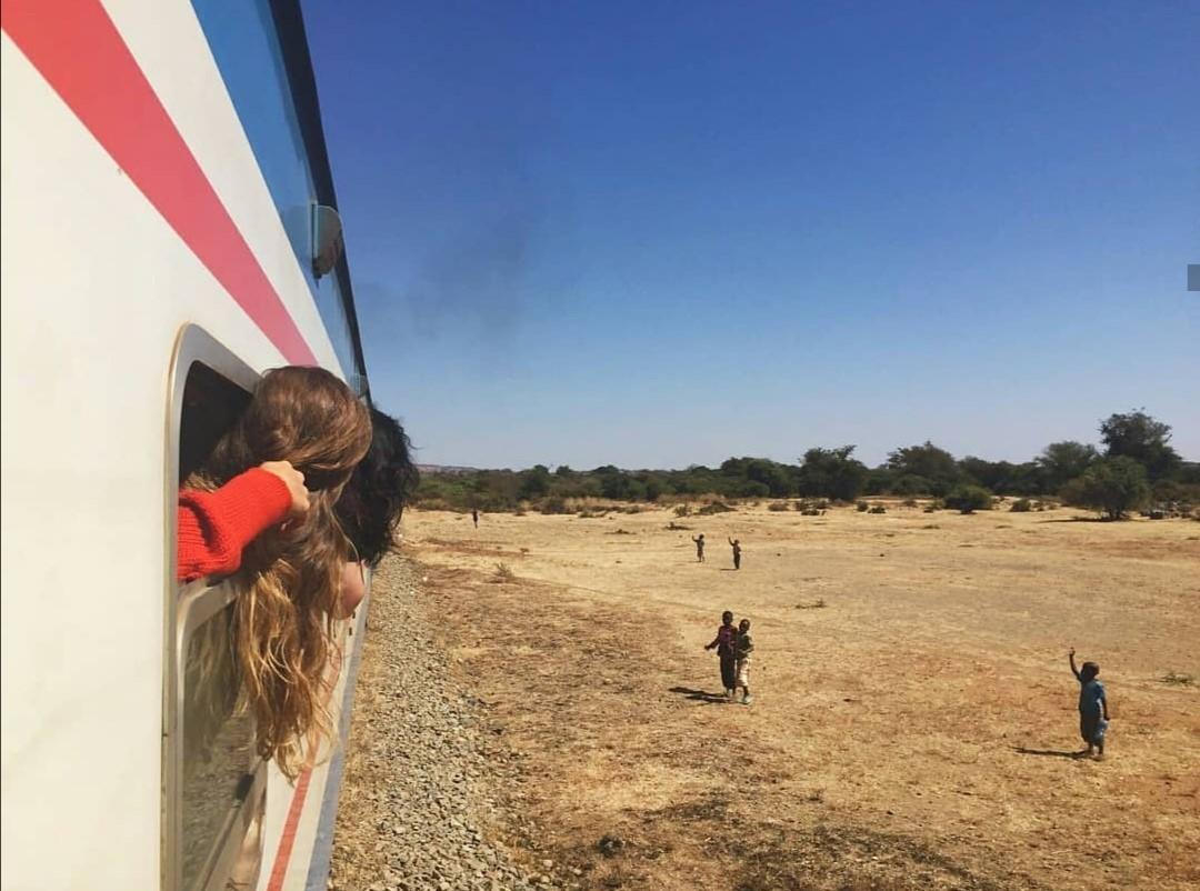 Junamatka Dar es Salaamista lähelle Sambian rajaa Mbeyaan. Kuva: Fanni Mäkinen.