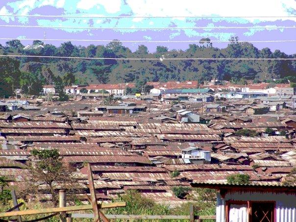 Modernin Nairobin kontrastina on valtava Kiberan slummialue. Kuva: Matti Karvanen