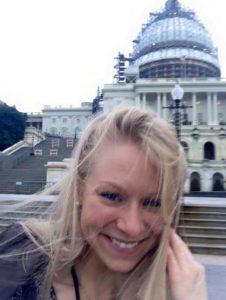 Laura U.S. Capitolin vierailulla.