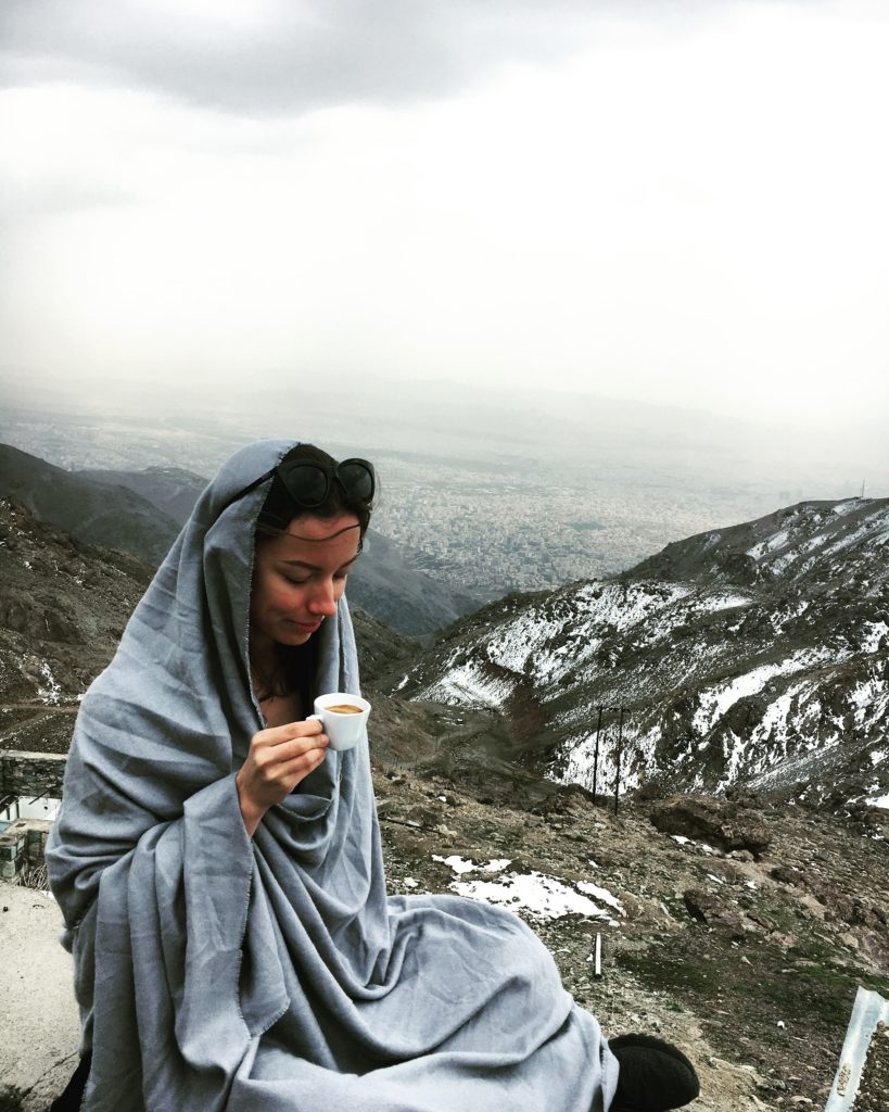 Allekirjoittanut Tochal-vuorella, Teheranissa