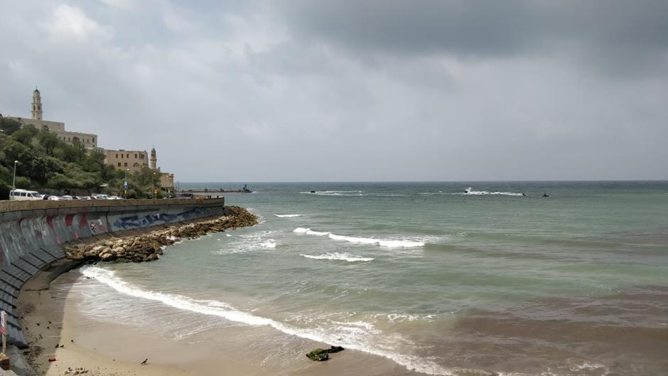 Tel Avivin uimarannoilla on ympäristöystävällisyyttä edellyttävä Blue Flag -sertifikaatti. Kuva: Vilma Romsi