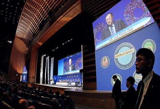 Maailmanpankin vuosittainen kokous vuonna 2012. Kuva: World Bank Photo Collection, Flickr, ccby 2.0