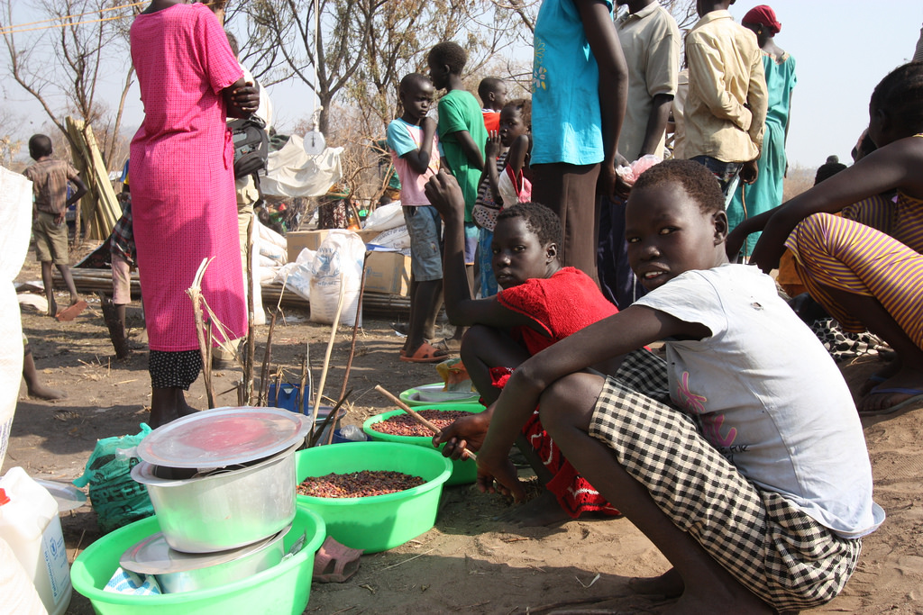 Eteläsudanilaisia pakolaisia Ugandassa tammikuussa 2014. Kuva: EC/ECHO/Malini Morzaria
