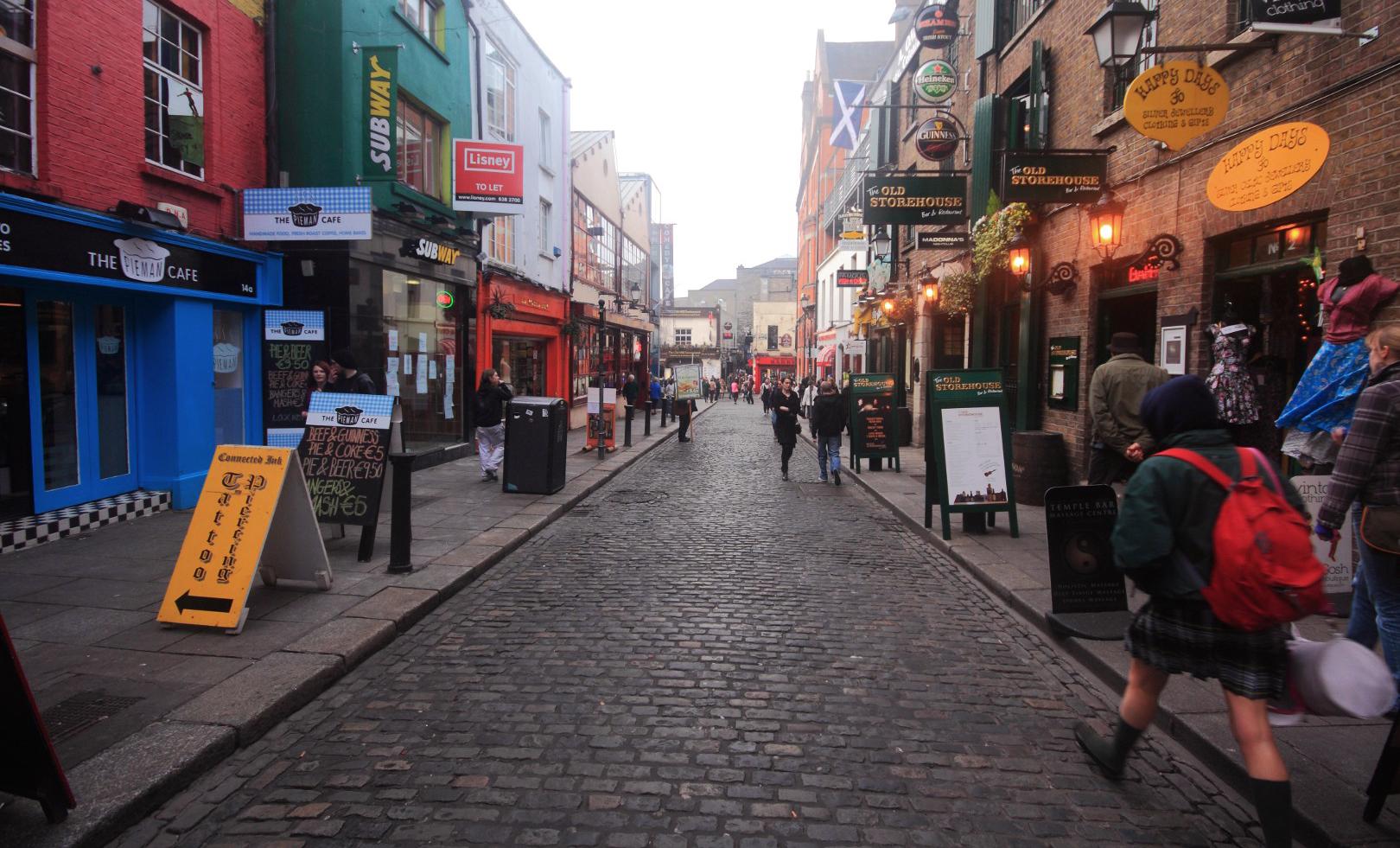 Irlannissa työllisyys on kohentunut odotettua nopeammin ja talouskasvuennusteet tavoittelevat Euroopan kärkeä. Kuva: Flickr/Red Junasun