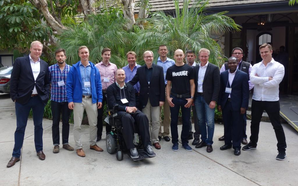 1.Pääkonsuli Juha Markkanen ja kaupallinen avustaja Jussi Salonen pääkonsulaatin järjestämässä Nordic US Venture Summitissa yhdessä 10 suomalaisen startupin kanssa.