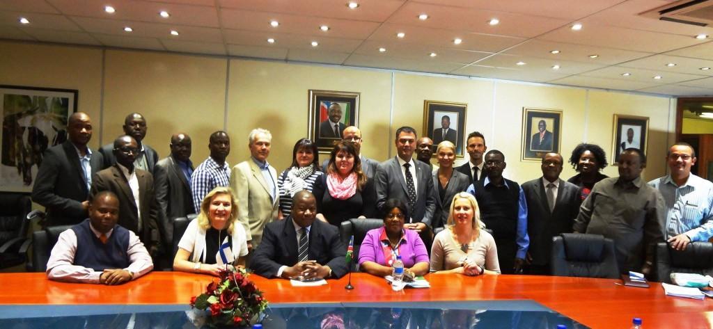 Tapaaminen Namibian maatalousministeri Mutorwan kanssa.