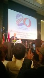 Presidentti Clinton vierailulla Hanoissa. Kuva: Annina Barbosa