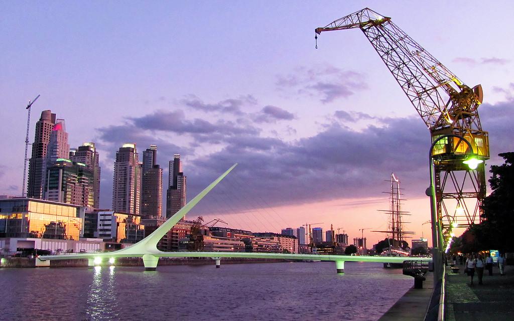rgentiinan talouselämän keskuksessa Puerto Maderossa odotetaan ulkomaankaupan lähtöä kasvuun uuden hallituksen politiikan myötä. Kuvaaja: Juan Eduardo Donoso /Flickr/ Creative Commons