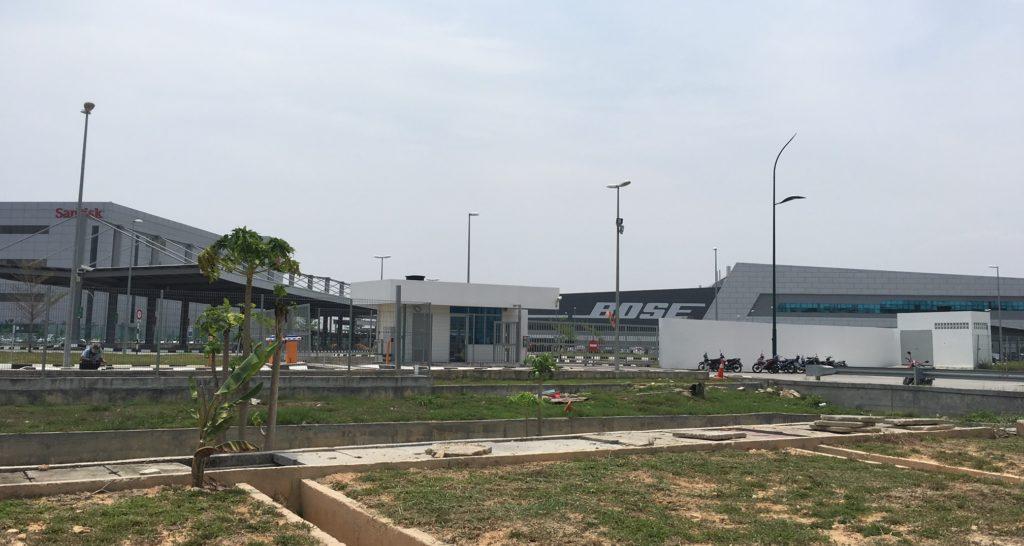 SanDiskin ja Bosen tehtaat sijaitsevat Batu Kawanin korkean teknologian puistossa. Kuva: Teemu Laakkonen