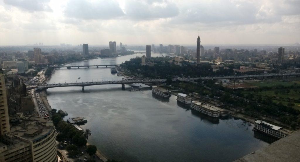 Niili, Egyptin elinehto. Egyptin väestön jatkaessa kasvuaan veden järkevästä käytöstä tulee entistä tärkeämpää, tarjoten mahdollisuuksia myös suomalaisyrityksille. Kuva: Jukka Välimaa