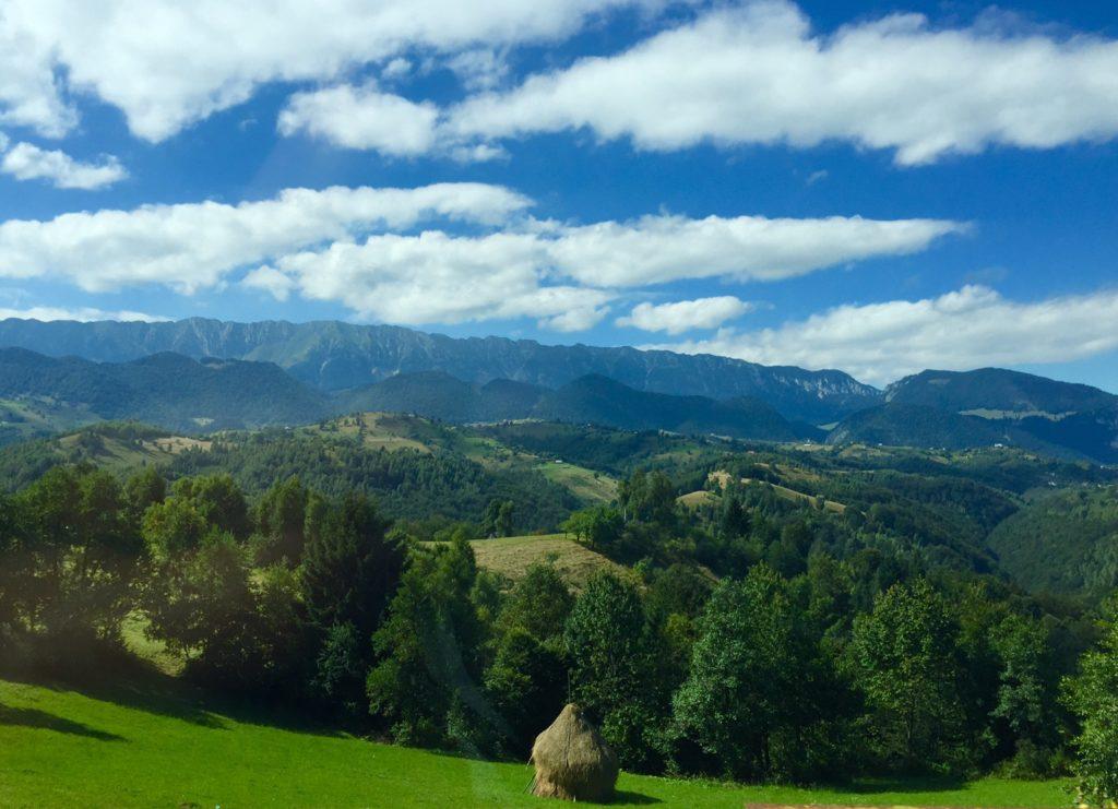 Karpaattien vuoristo Romaniassa tarjoaa vaeltajalle elämyksiä.