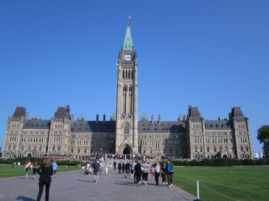 Kanadan parlamenttitalo, kuva: SL Ottawa.