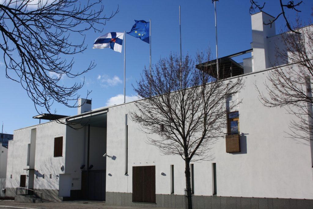 Suomen Tukholman-suurlähetystössä pohditaan onko vapaakauppa nähnyt parhaat päivänsä. Kuva: SL Tukholma