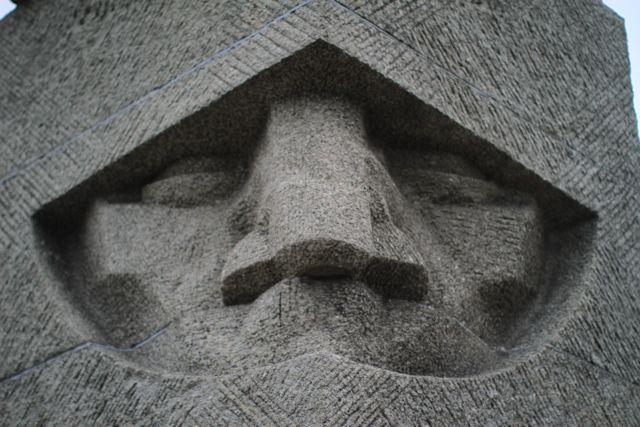 Grunwald-Tannenberg on nähnyt vähintään kaksi suurtaistelua, mistä muistomerkki taistelukentällä muistuttaa. Kuva: Vesa Häkkinen